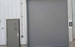 overcoming-tight-installation-space-for-a-combination-rolling-steel-door